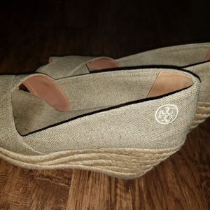 Tory Burch size 9 Wedges